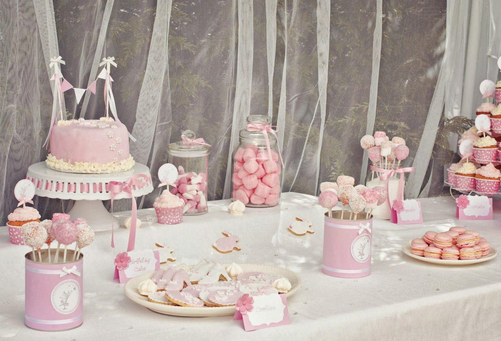 Deco anniversaire pour fille, toute la décoration pas cher sur VegaooParty