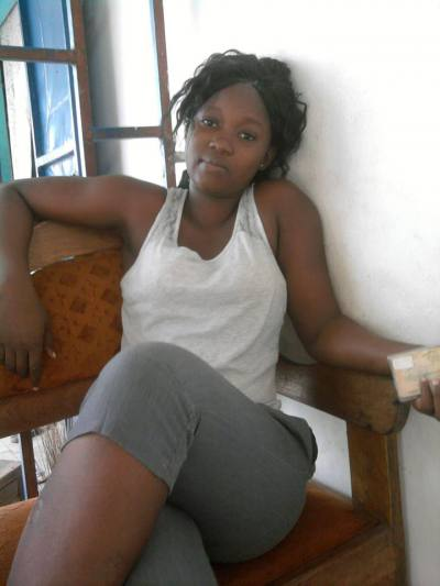 En Côte d'Ivoire, des femmes libres et sans mari