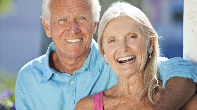 Les 6 meilleurs sites de rencontres seniors (pour les 50 ans et plus)