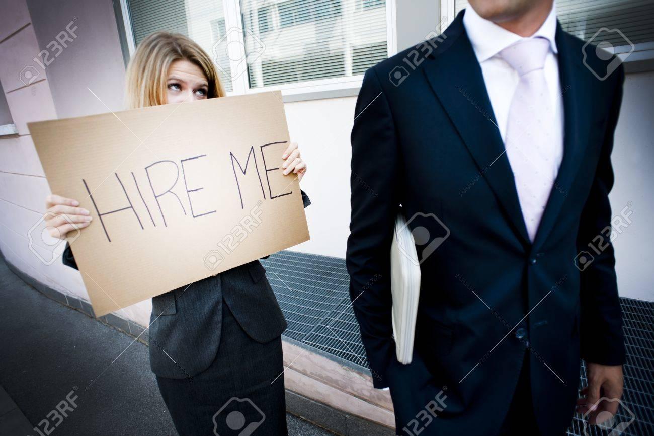 homme cherche du travail
