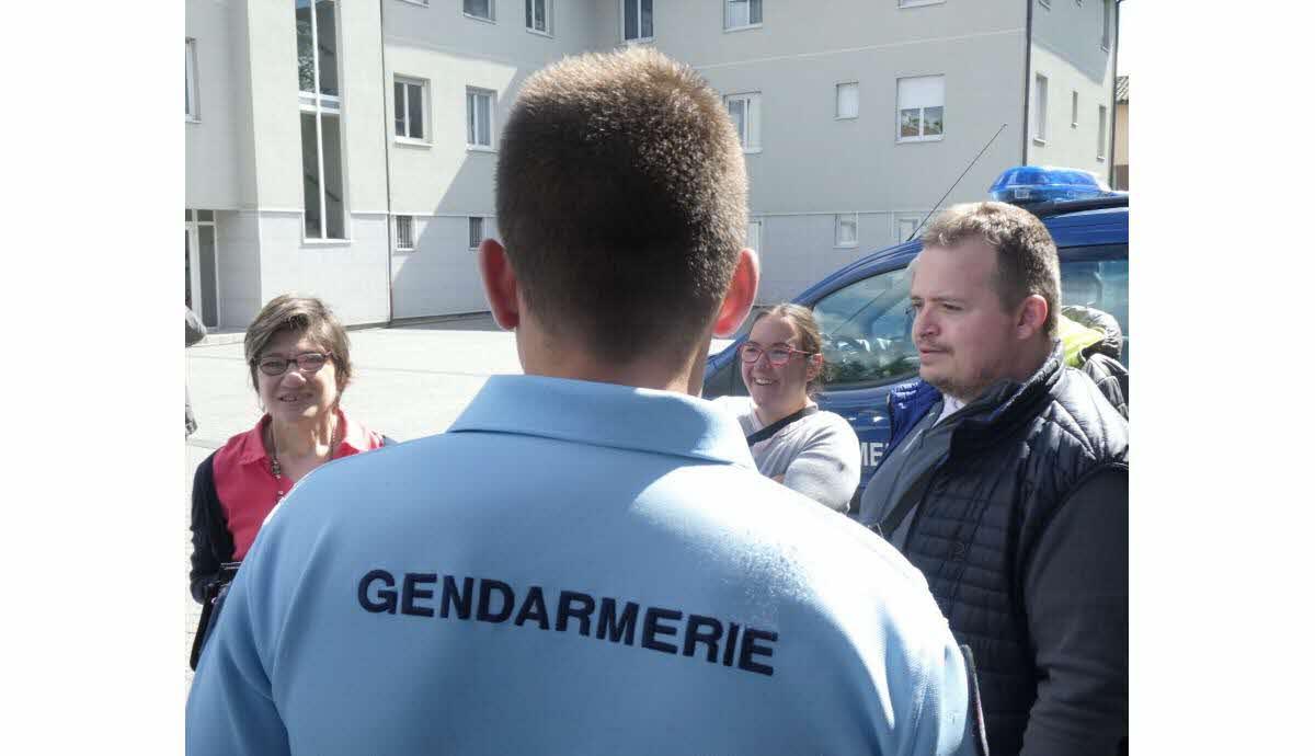 site de rencontre entre gendarme je cherche femme pour mariage tunisien