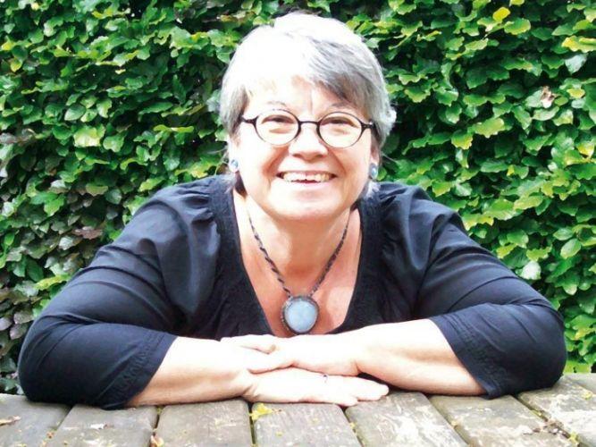 femme 60 ans recherche emploi