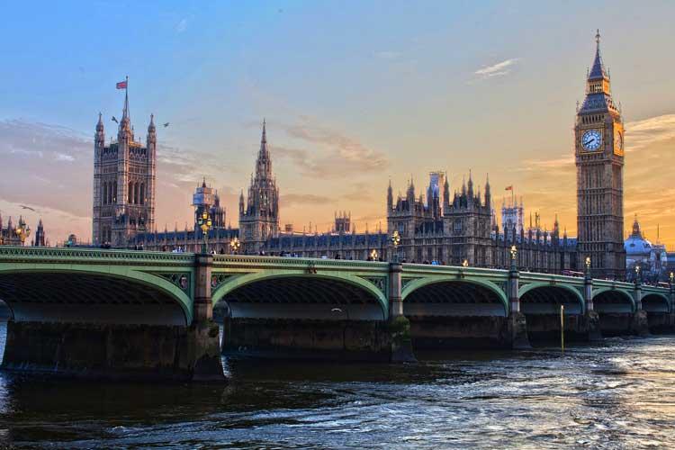 Annonce rencontre femme sérieuse London - Site de rencontre sérieux London