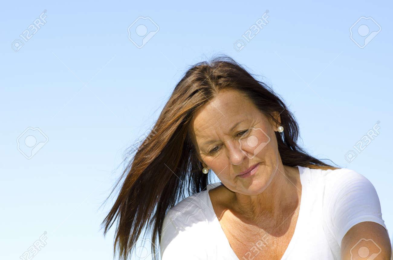 recherche dune femme meilleur site de rencontre pour les plus de 50 ans