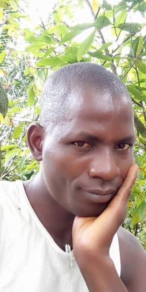 Homme cherche amie () - aacs-asso.fr
