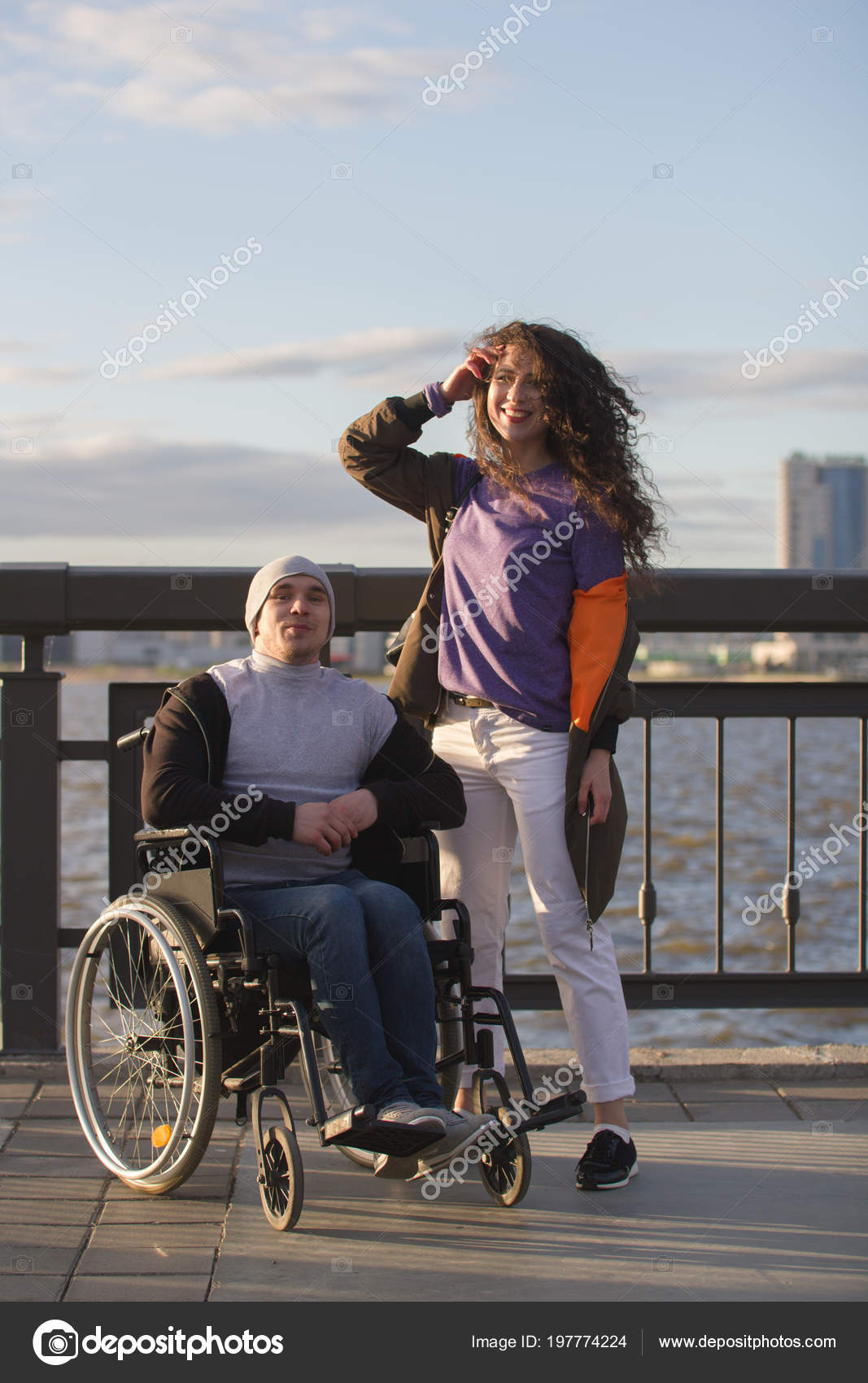 Rencontre homme en-fauteuil-roulant, hommes célibataires