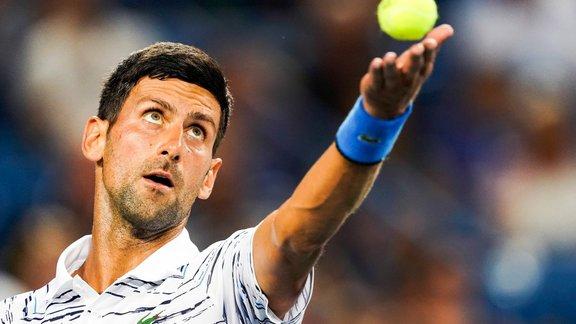 US Open : Novak Djokovic abandonne en 8e de finale face à Stan Wawrinka